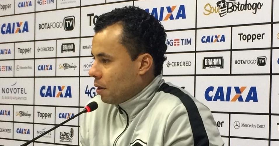 Jair Ventura concede entrevista coletiva após vitória do Botafogo sobre o Vasco