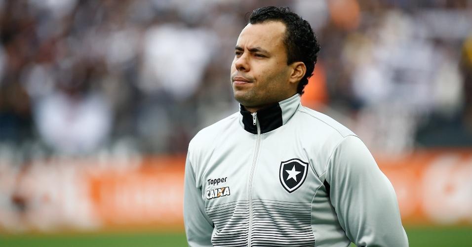 Jair Ventura acompanha partida entre Corinthians e Botafogo na arena em Itaquera