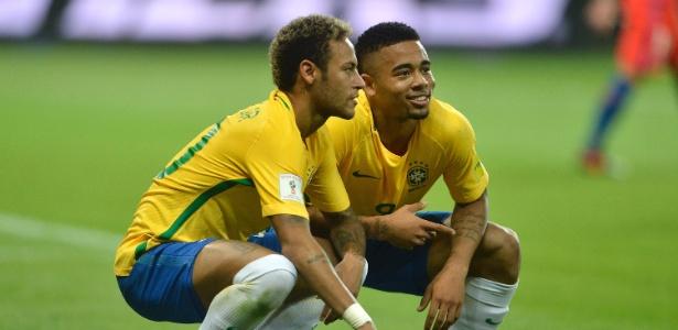 Neymar com Gabriel Jesus: pose para homenagear humorista palmeirense