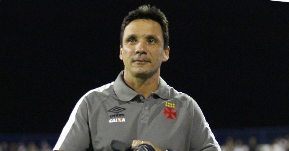 O técnico Zé Ricardo comanda o Vasco contra o Avaí