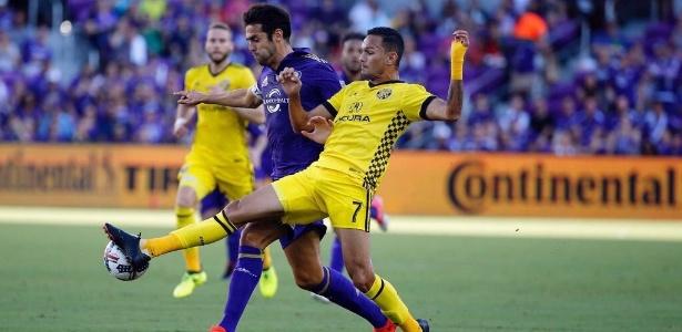 Artur parou Kaká no adeus a Orlando e sonha com parceria no São Paulo