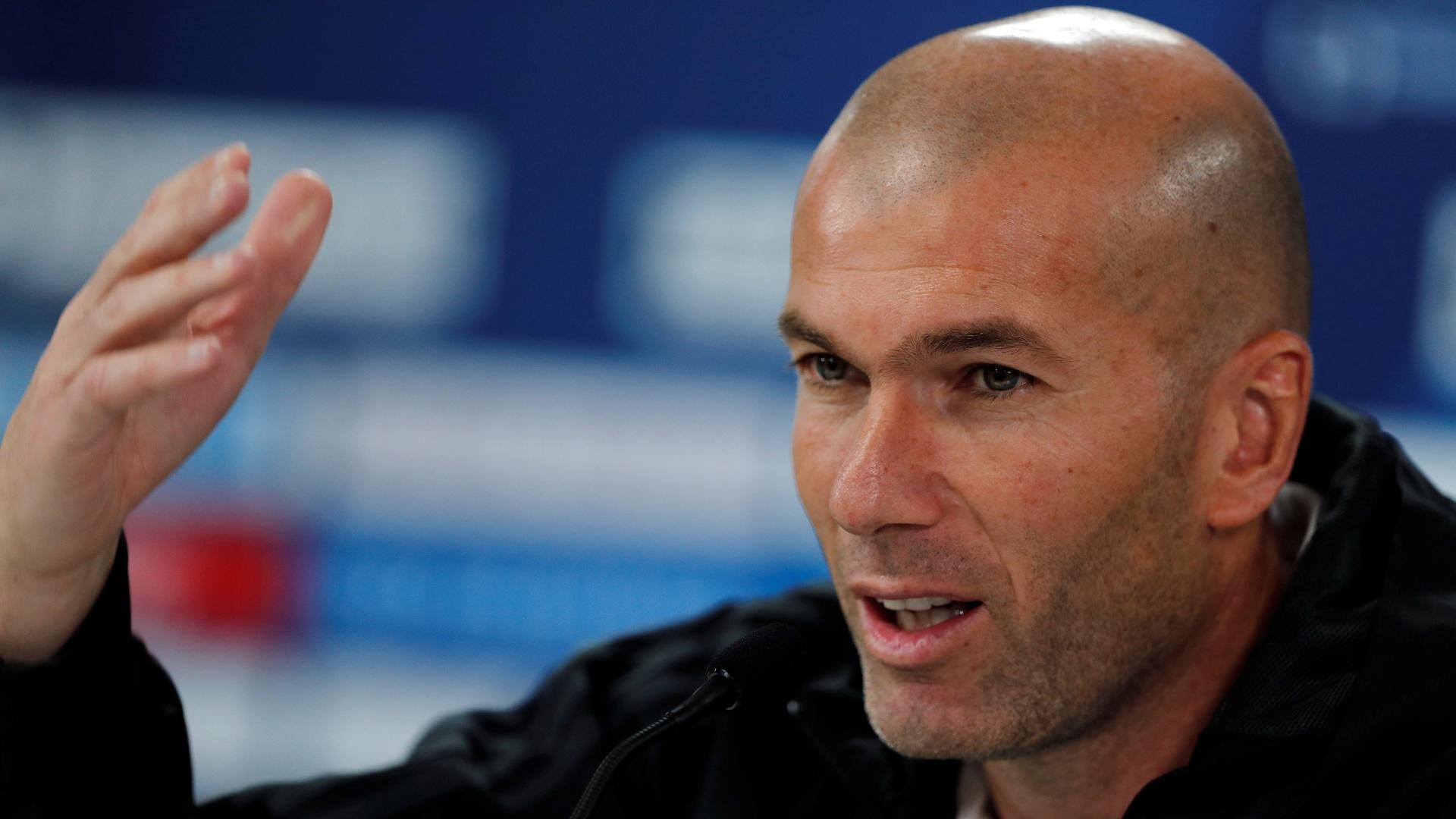 Zidane, técnico do Real Madrid, em entrevista coletiva em Abu Dhabi