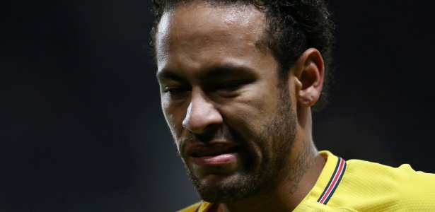 Neymar foi criticado pelas atitudes na partida de terça-feira contra o Rennes