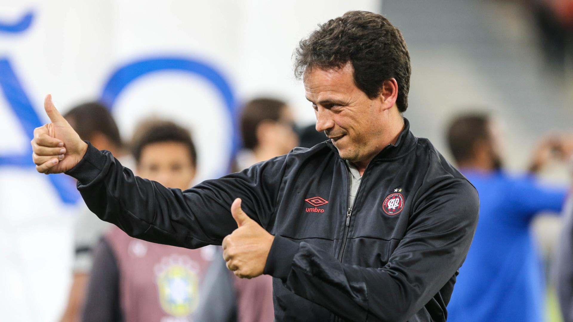 Fernando Diniz, durante a partida entre Atlético-PR e Chapecoense