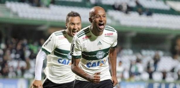 Vinícius Kiss fez o gol do Coxa contra o Atlético-GO - Comunicação CFC