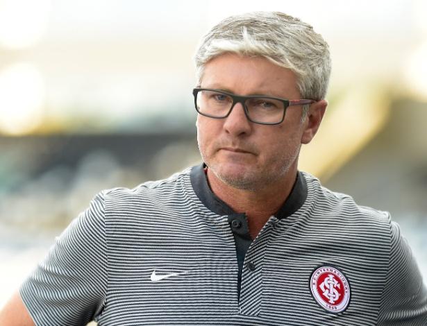 Treinador do Internacional falou sobre duas derrotas seguidas no Campeonato Gaúcho - Thiago Ribeiro/AGIF