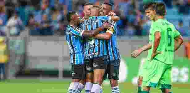 Grêmio chegou a sete pontos e lidera o Campeonato Gaúcho após três rodadas - Lucas Uebel/Grêmio FBPA