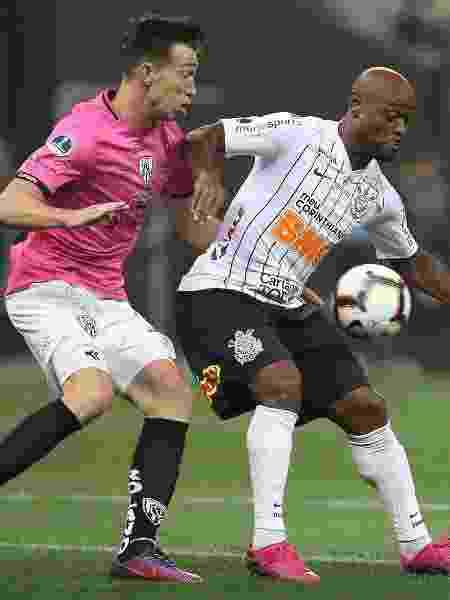 Vagner Love, durante partida entre Corinthians e Independiente Del Valle - Marcello Zambrana/AGIF
