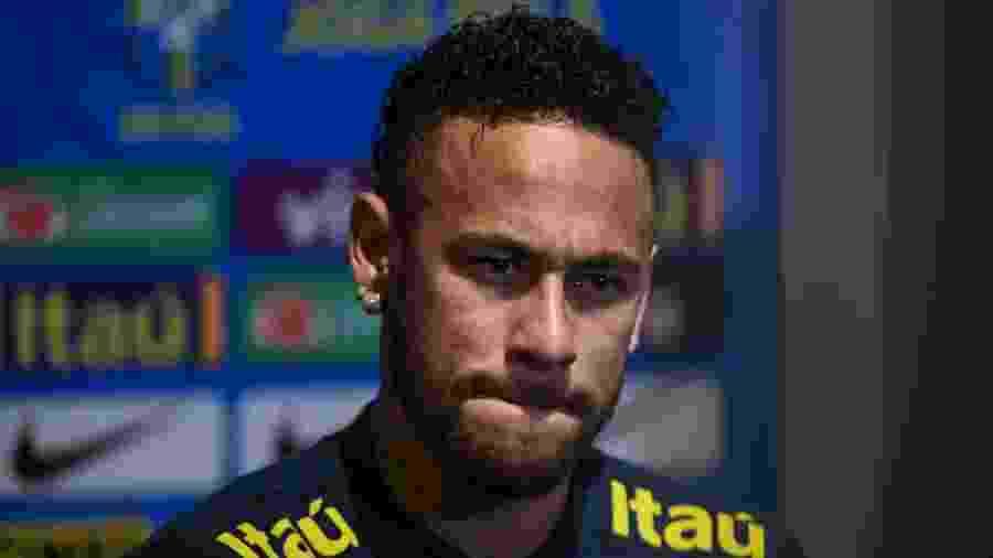Neymar durante entrevista em coletiva de imprensa em Cingapura - Pedro Martins/Mowa Press
