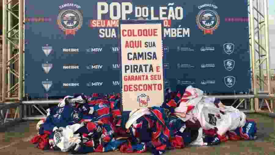 Fortaleza faz campanha para trocar camisas piratas por oficiais a preço popular - Lucas Emanuel / Leão 100