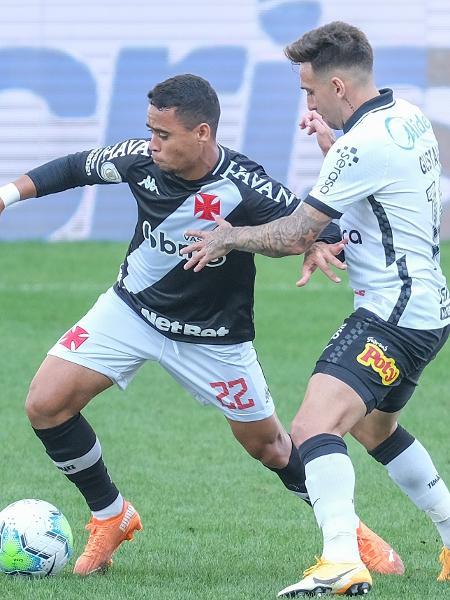 Yago Pikachu e Gustavo disputando bola em Corinthians x Vasco - Marcello Zambrana/AGIF