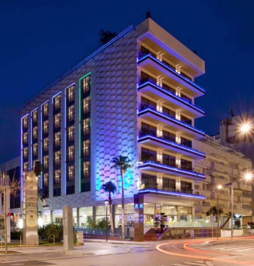 futebol muleke - fachada hotel messi