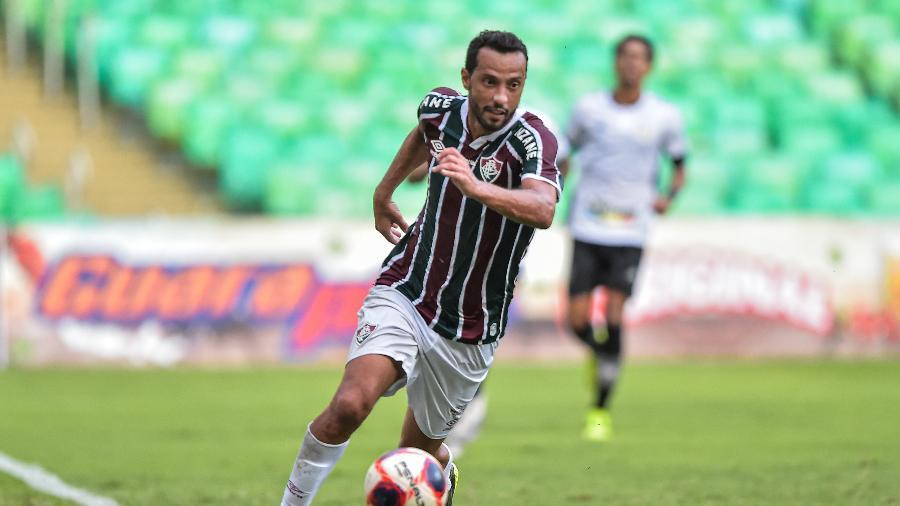 Nenê ganhou disputa com Cazares e estará entre os titulares - Thiago Ribeiro/AGIF