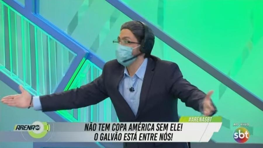 """""""Arena SBT"""" brinca e convida imitador de Galvão Bueno para participar do programa - Reprodução/SBT"""