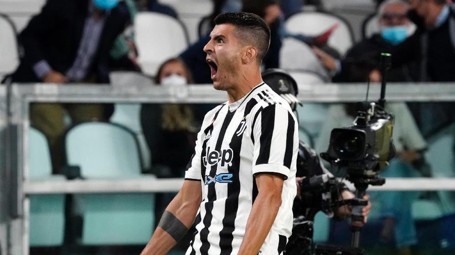 Morata fez o gol da Juventus no empate contra o Milan e foi comparado a personagem da série La Casa de Papel - Pier Marco Tacca/Getty Images