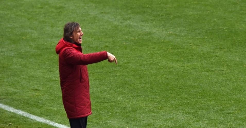 Ex-Palmeiras, Ricardo Gareca comanda o Peru contra a Colômbia na Copa América