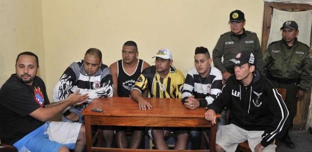 Tadeu (primeiro à esquerda) foi preso preventivamente pela morte de Kevin Espada na Bolívia