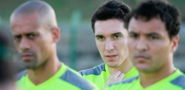 Atacante brilhou no Crvena Zvezda e no Partizan, arquirrivais do futebol sérvio