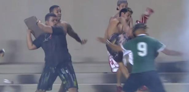 Serra Dourada foi palco de vandalismo no jogo entre as equipes no 1º turno - Reprodução