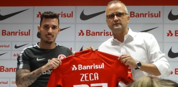 Zeca é o 10º reforço do Internacional na temporada 2018 e foi apresentado quarta-feira - Marinho Saldanha/UOL