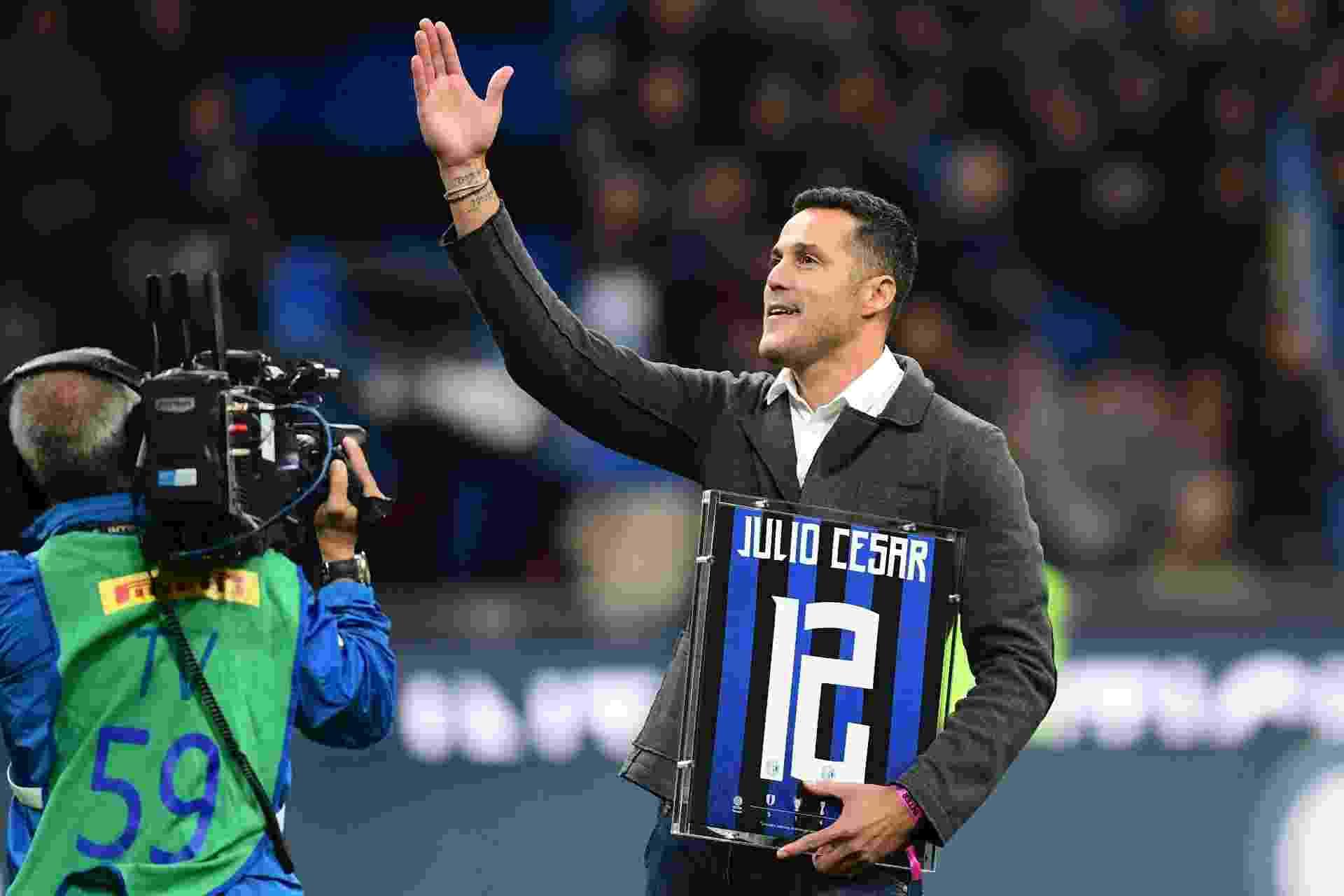 Inter de Milão faz homenagem ao ex-goleiro brasileiro Julio Cesar - undefined