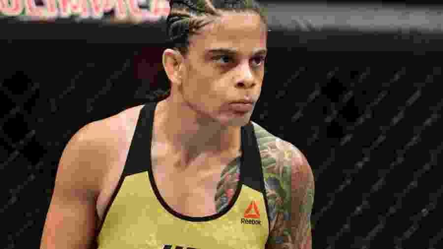 Livinha Souza UFC Fortaleza - Leandro Bernardez/Ag. Fight
