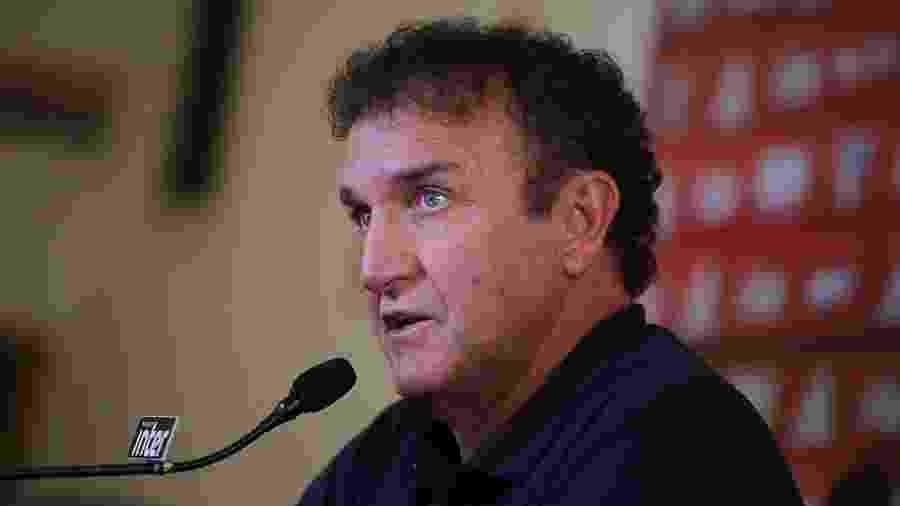 Pela recomendação médica, Cuca só deve voltar a trabalhar a partir de meados de abril - Rubens Chiri/saopaulofc.net
