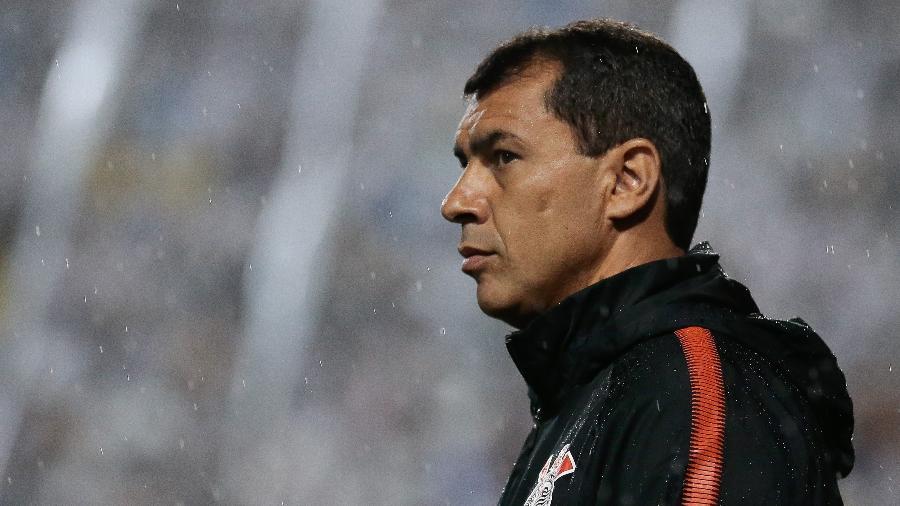 Fabio Carille, técnico do Corinthians, espera a chegada de um meia e de mais um atacante pelos lados - Marcello Zambrana/AGIF