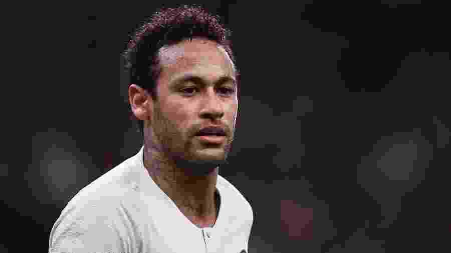 Neymar foi elogiado pela imprensa francesa no retorno ao time titular - ANNE-CHRISTINE POUJOULAT/AFP