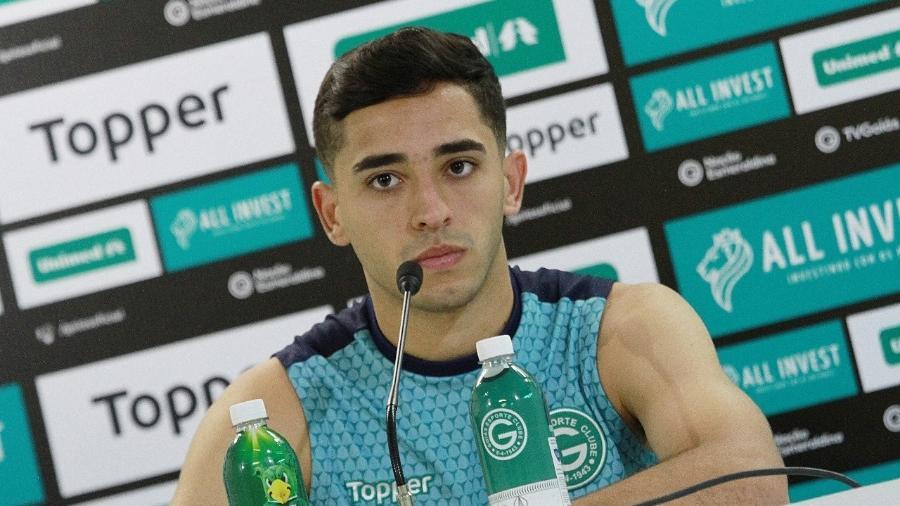 Léo Sena, volante do Goiás, está na mira do Atlético-MG no mercado da bola - Rosiron Rodrigues/ Goiás Esporte Clube