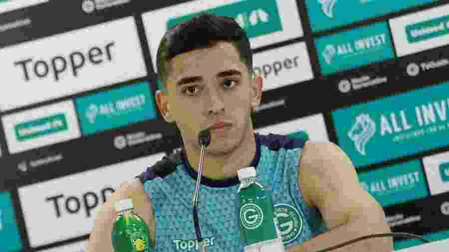 Léo Sena não vai renovar com o Goiás e interessa ao Atlético-MG no mercado da bola - Rosiron Rodrigues/ Goiás Esporte Clube