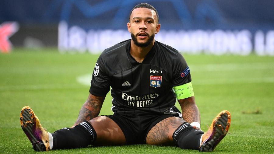 Novo técnico do Barcelona quer atacante Memphis Depay, estrela do Lyon, segundo rádio  - Franck Fife/Pool via Getty Images