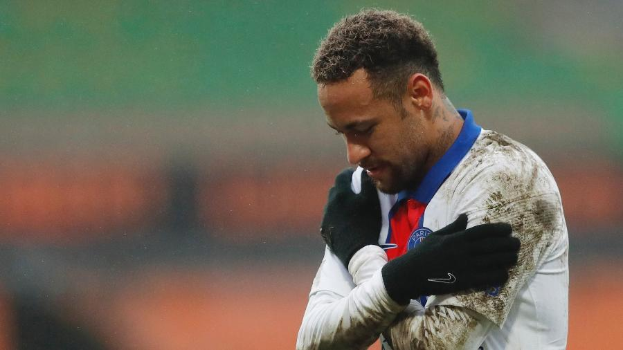 Neymar comemora gol do PSG na partida contra Lorient, no Campeonato Francês - Stephane Mahe/Reuters