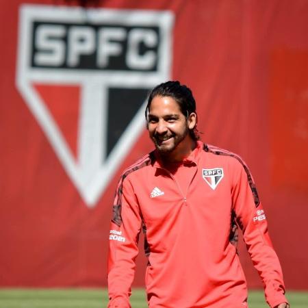 Benítez, atacante do São Paulo, durante treino no CT da Barra Funda - Divulgação/São Paulo FC