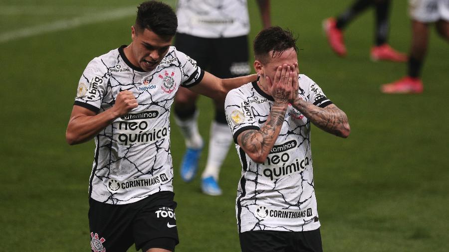 Gustavo Mosquito, do Corinthians, celebra gol marcado contra o Atlético-MG, em jogo pelo Brasileiro 2021 - Ettore Chiereguini/AGIF
