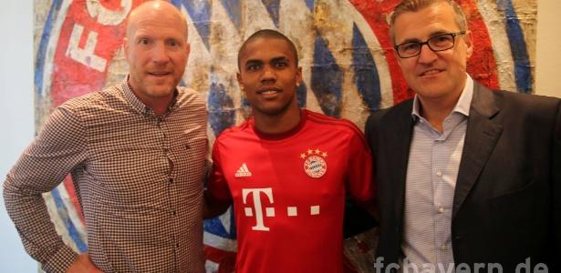 Douglas Costa no Bayern por 35 milhões de euros foi um dos principais negócios do ano - Bayern de Munique/Oficial