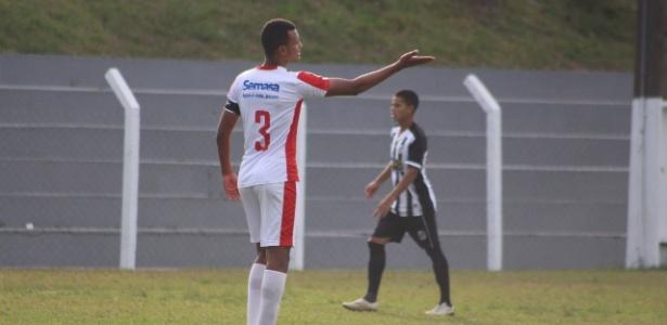 Titular do Inter de Lages na Série D, Elon deve chegar ao Palmeiras como reforço da base
