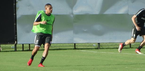 Wellington Silva treina como titular em atividade do Internacional - Marinho Saldanha/UOL