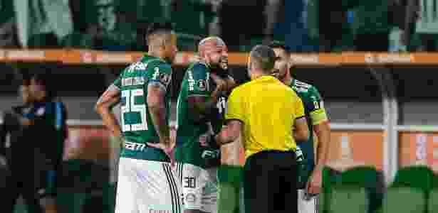 Expulso por entrada dura em jogo contra o Cerro, F. Melo tem mais um jogo a cumprir - Ale Cabral/AGIF