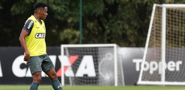 Elias, meia-campista do Atlético-MG, vive situação complicada em Belo Horizonte - Bruno Cantini/Divulgação/Atlético-MG