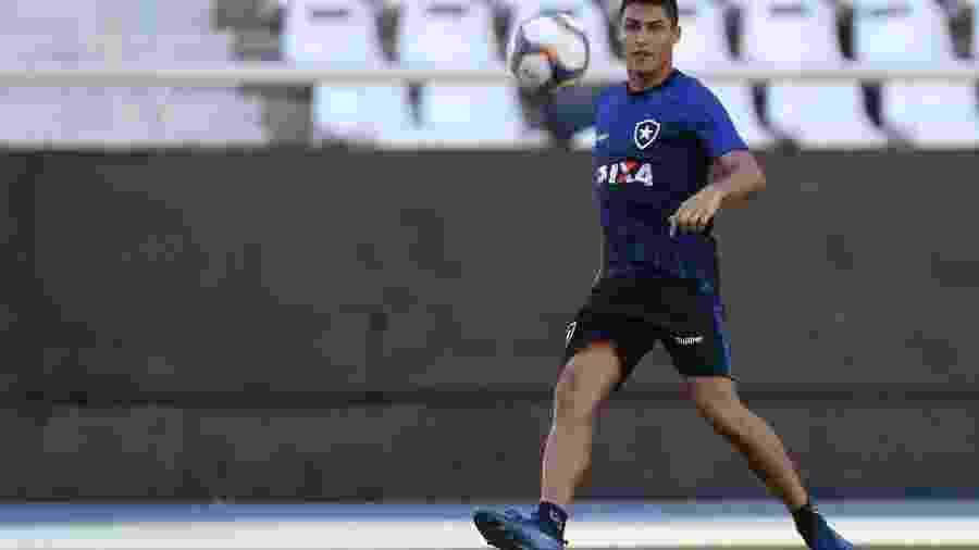 Marcinho sofreu torção no joelho e preocupa o Botafogo para a sequência da temporada - Vitor Silva/SSPress/Botafogo