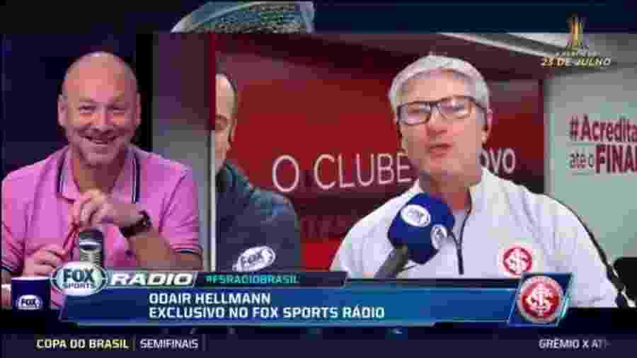 Odair Hellmann, do Internacional, brincou com Flávio Gomes - Reprodução