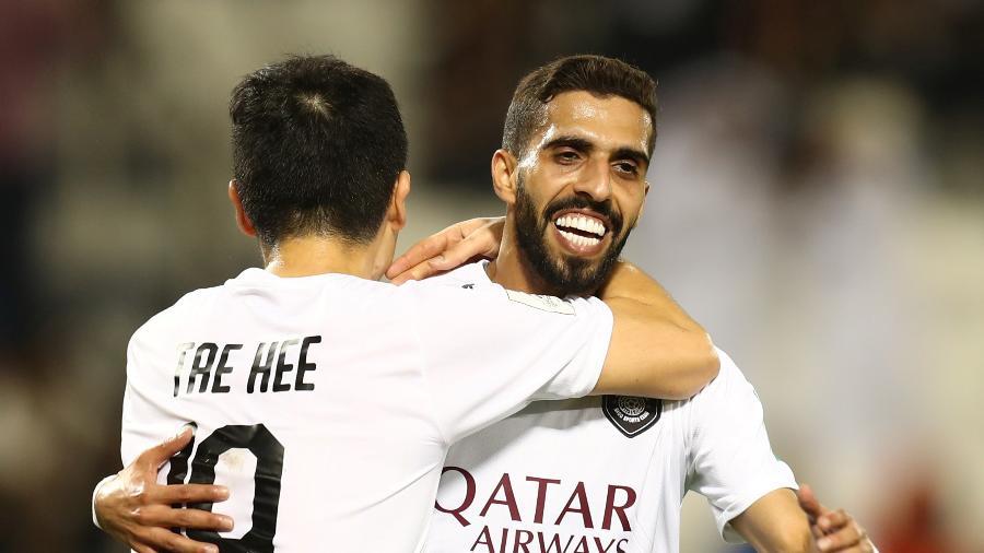 Jogadores do Al Sadd comemoram gol sobre o Hienghène pelo Mundial  - REUTERS/Ibraheem Al Omari