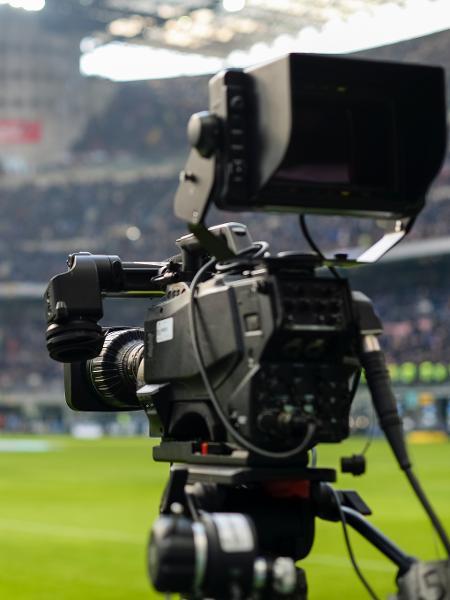Elite do futebol tem direitos de TV para mandantes como MP de Bolsonaro
