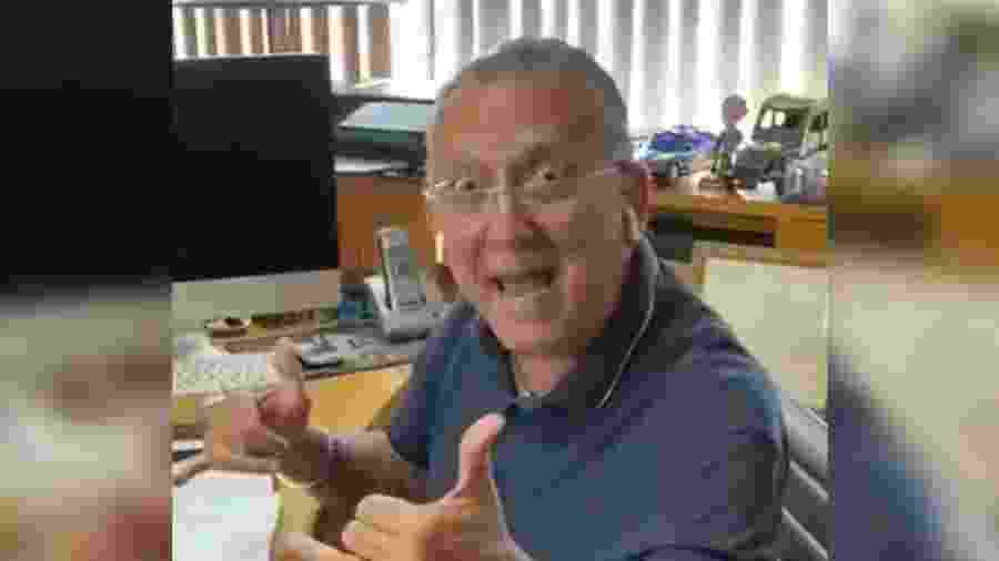 """Galvão mostra """"estúdio home office"""" e curte trabalho em casa: """"Que barato"""" - reprodução/Twitter"""