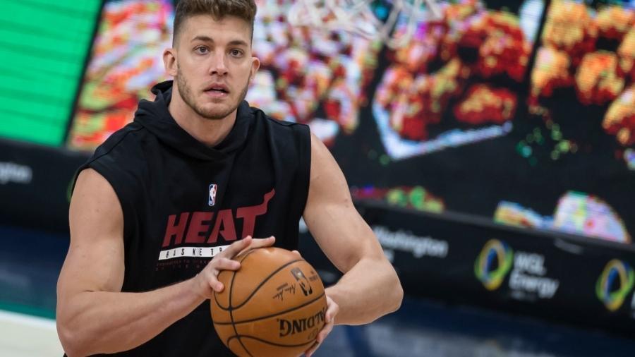 Meyers Leonard, pivô do Miami Heat - Photo by Scott Taetsch/Getty Images