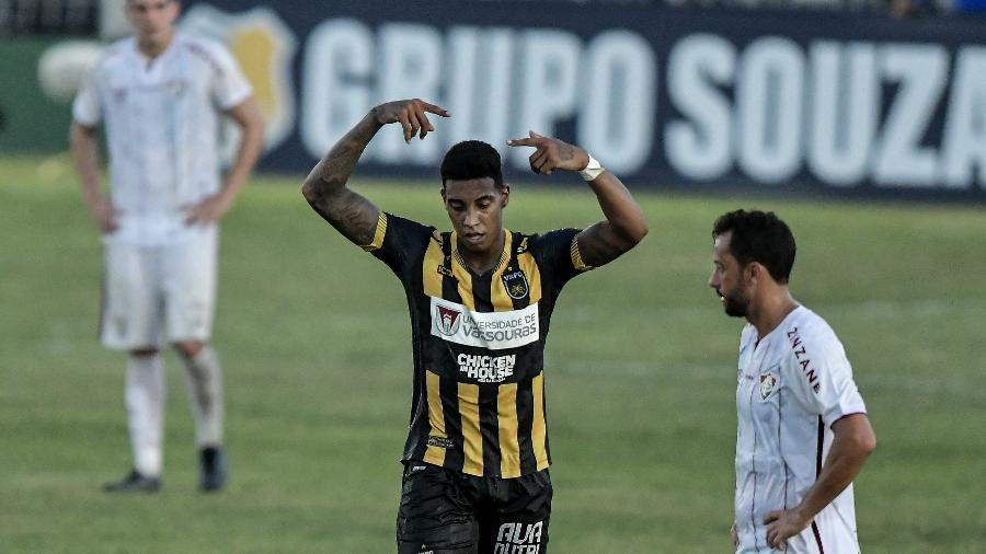 Alef Manga estava no Volta Redonda e disputará a Série B pelo Goiás - Thiago Ribeiro/AGIF