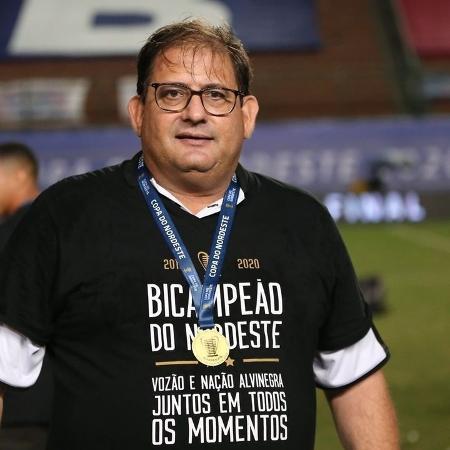 Guto Ferreira, técnico do Ceará, foi campeão da Copa do Nordeste pelo clube em 2020 - Felipe Santos/CearaSC