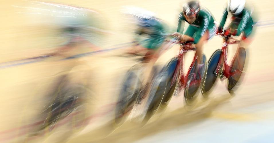 Equipe feminina do México disputa a medalha de bronze no ciclismo