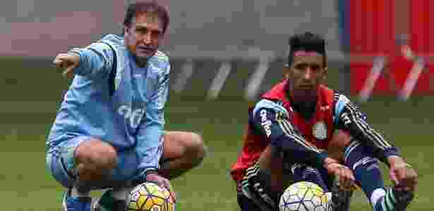 Lucas Barrios e Cuca se reuniram na Academia de Futebol do Palmeiras - Cesar Greco/Ag Palmeiras